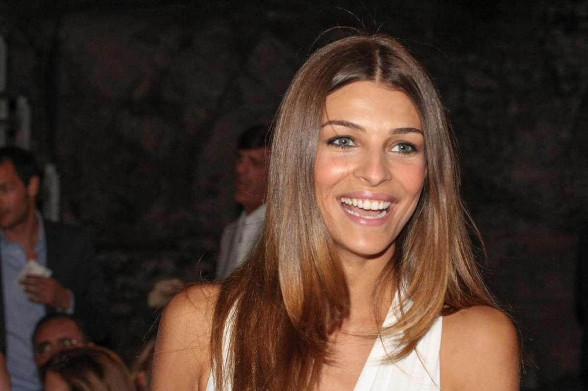Cristina Chiabotto non è pronta per il matrimonio: 'Fabio deve ancora pedalare'