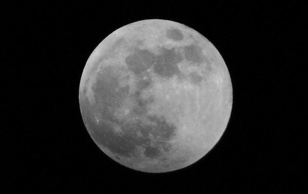 Eclissi lunari totali: la terza di seguito il 4 aprile