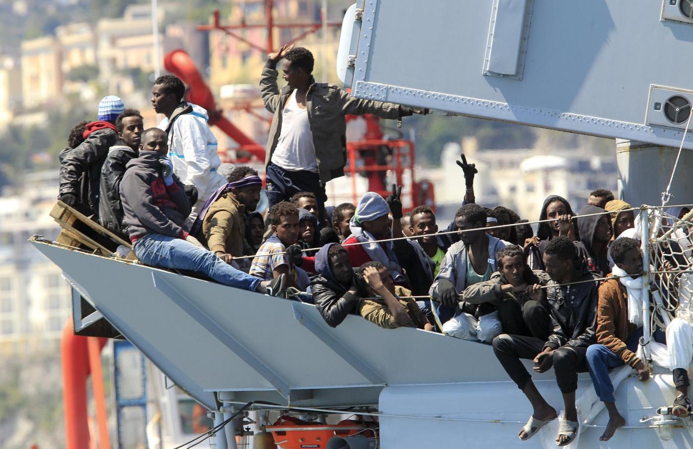 Immigrazione in Italia, attesi 1 milione di migranti: perché scappano e come fermarli?