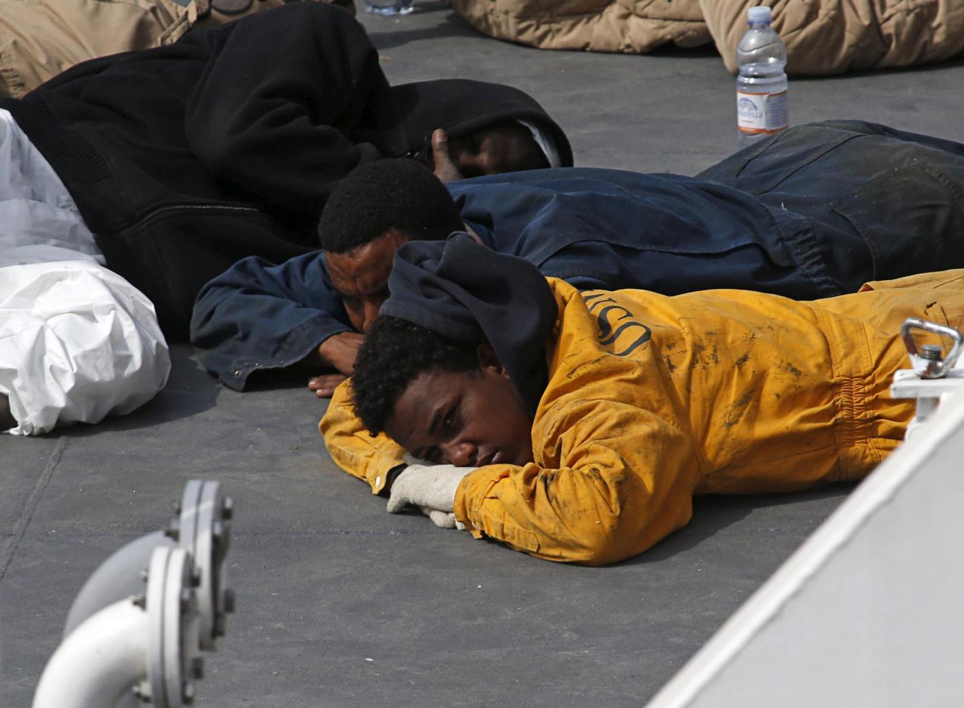 Naufragio a Rodi, 200 migranti a bordo: si temono molte vittime