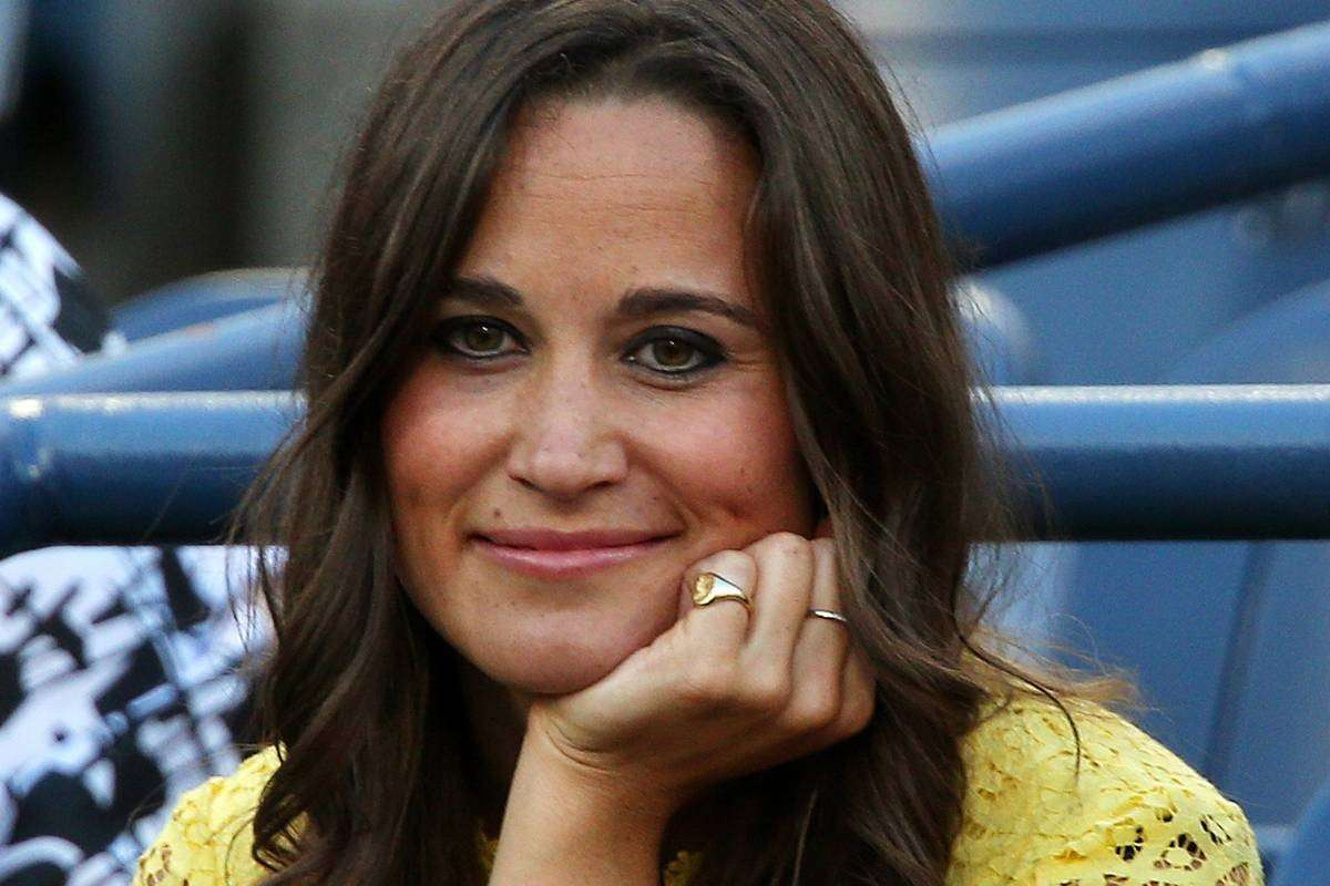 Pippa Middleton vegan? La sorella di Kate ha mangiato carne di balena: è polemica