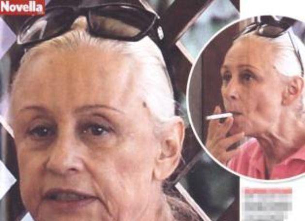Raffaella Carrà, foto shock con i capelli bianchi: addio caschetto biondo