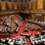 Vitalizio politici condannati, abolito alla Camera: chi non lo prenderà più?
