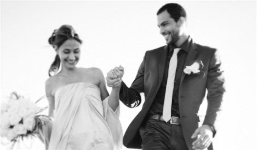Brice Martinet risposa la moglie Elena: cerimonia in chiesa per l'ex naufrago dell'Isola dei Famosi