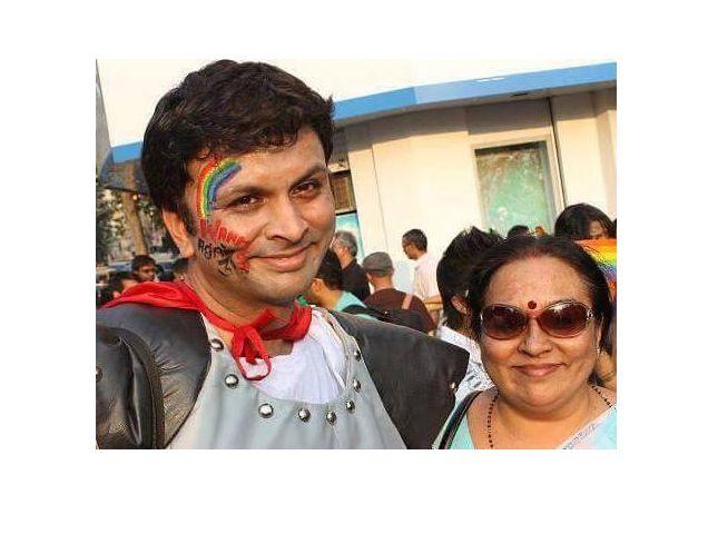 Mamma indiana cerca sposo al figlio gay 150x150