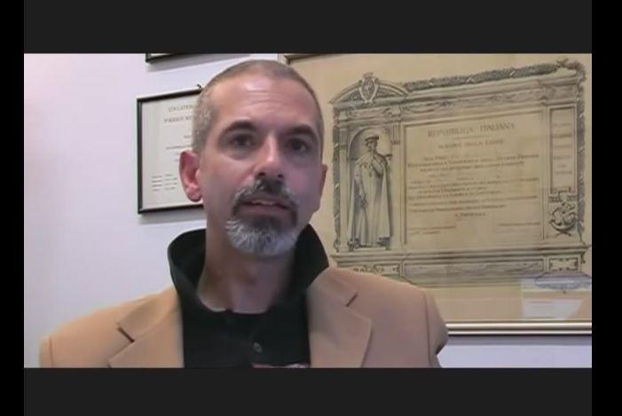 Marco Ruggiero, il medico che nega l'Aids ora vende yogurt anti cancro in Usa