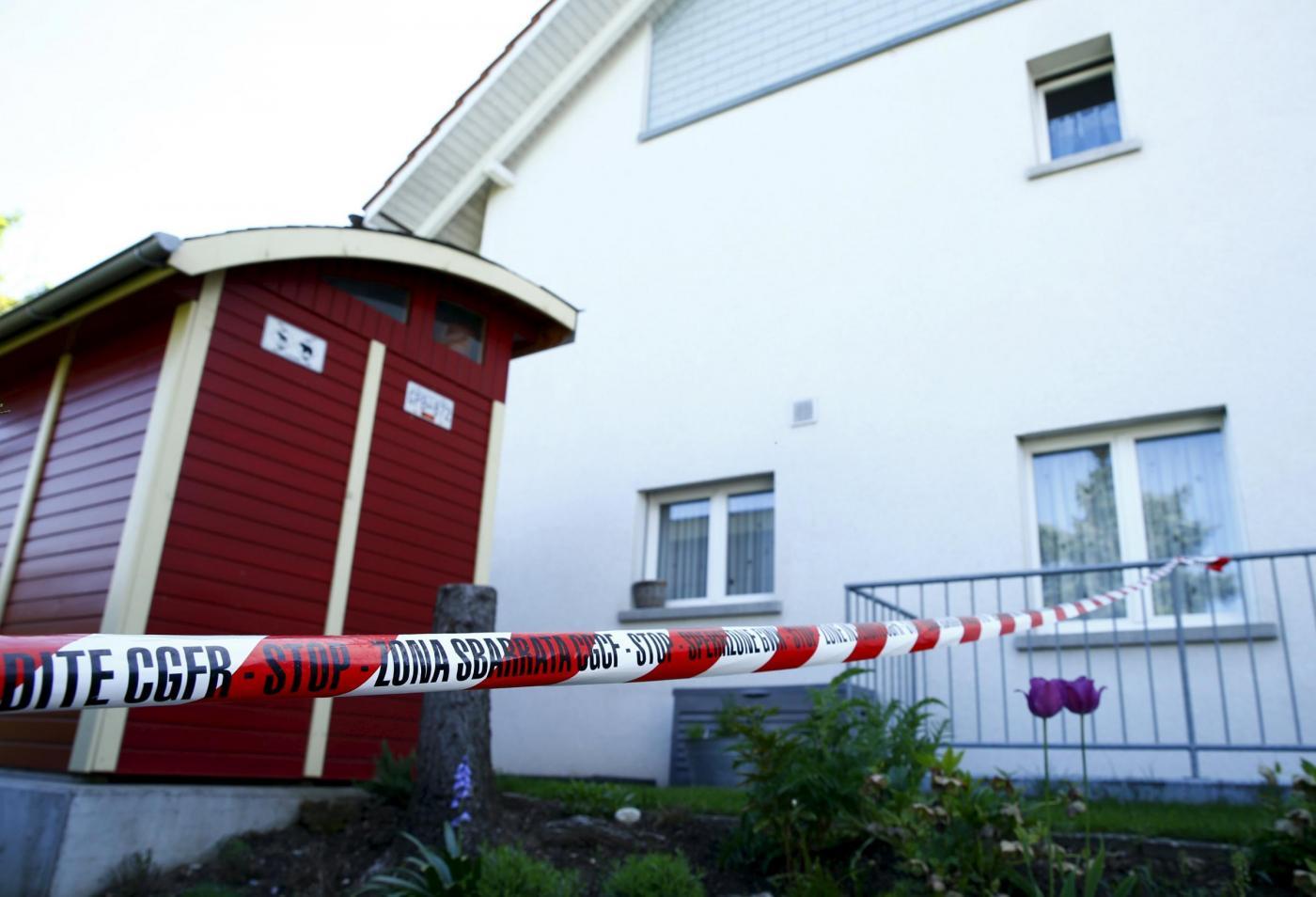 Sparatoria in Svizzera nel Canton Argovia: uccide suoceri, cognato, un passante e poi si spara