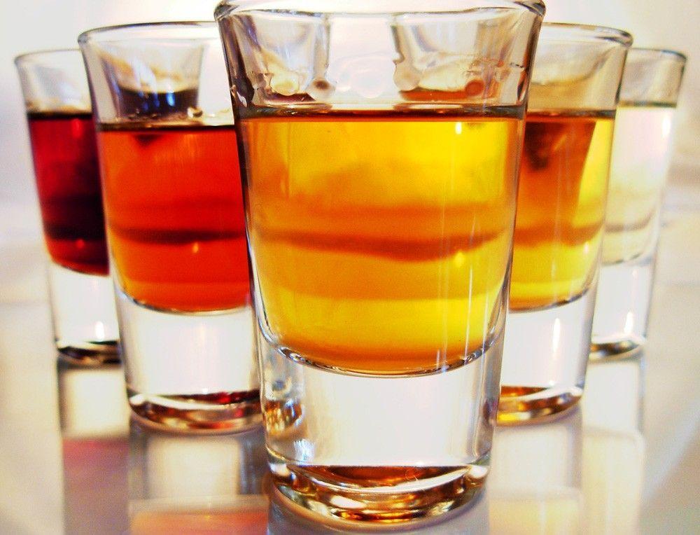 Si scrive alcol o alcool?