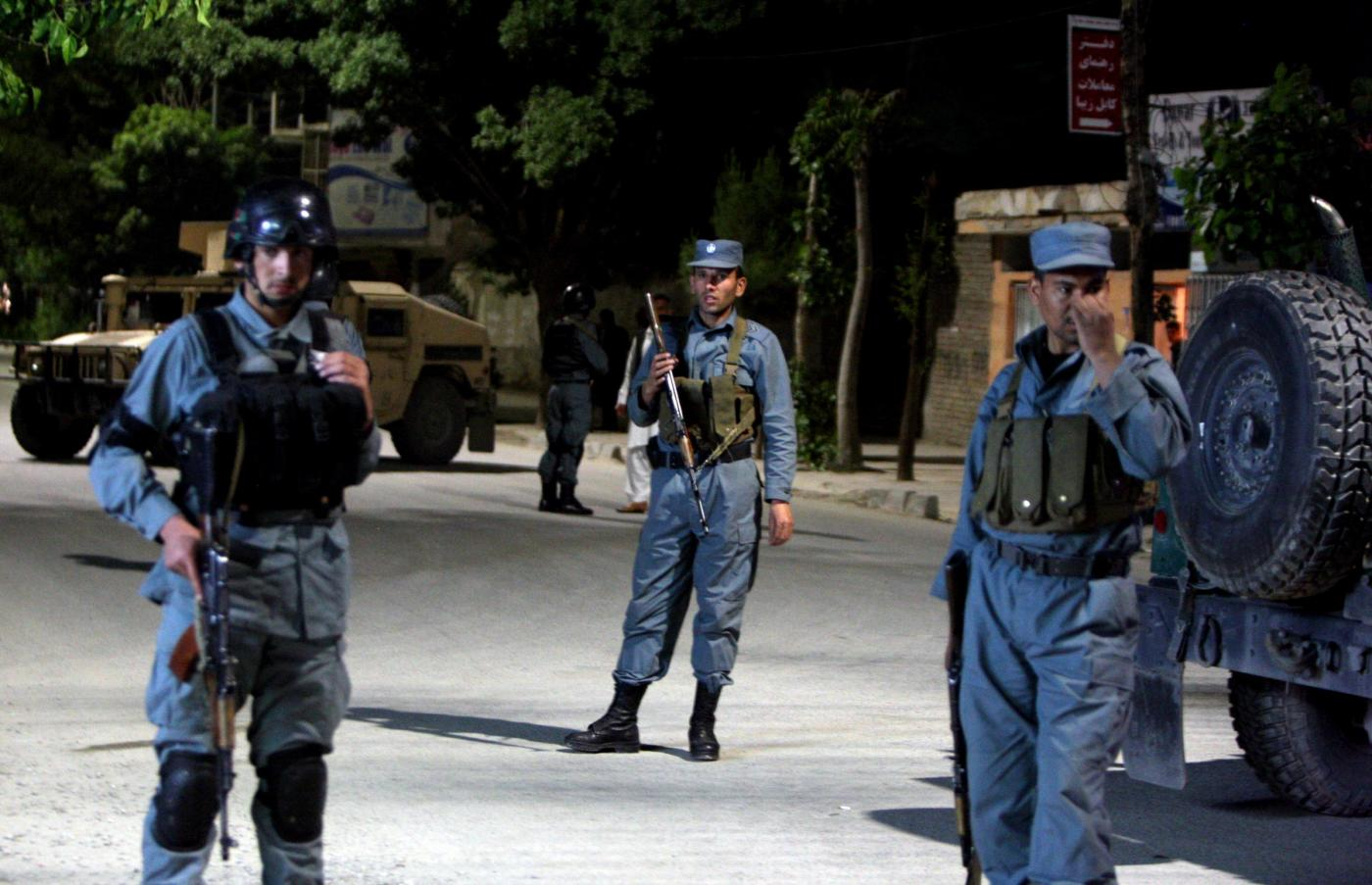 Attacco terroristico a Kabul: 14 vittime, morto anche un italiano