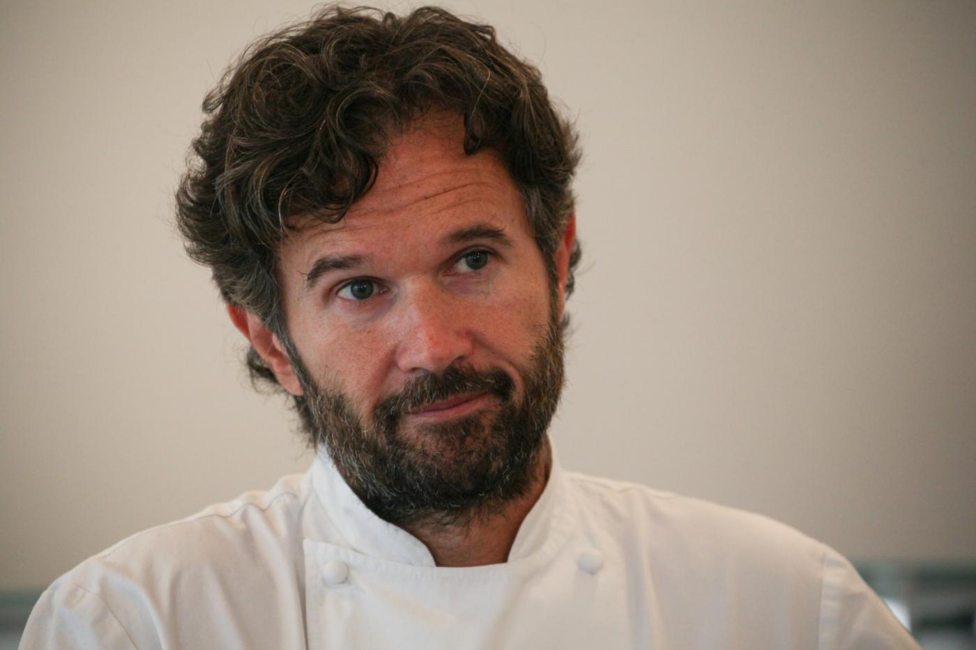 Hell's Kitchen Italia 2: la nuova stagione con Carlo Cracco dal 21 maggio su Sky Uno