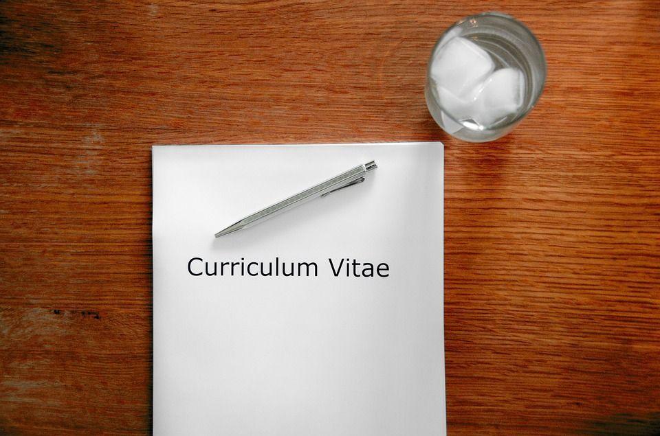 Curriculum Vitae, come si fa a compilarlo nel modo giusto per fare centro?