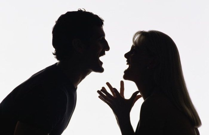 La gelosia morbosa diventa reato