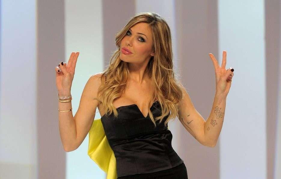 Ilary Blasi, intervista a Tv Sorrisi e Canzoni: 'Mia madre non è un'amica'