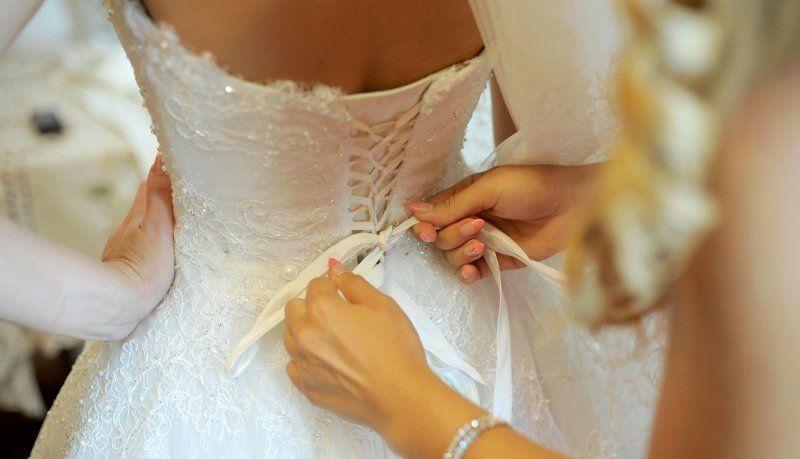 Ladri rubano i soldi per gli sposi durante il matrimonio