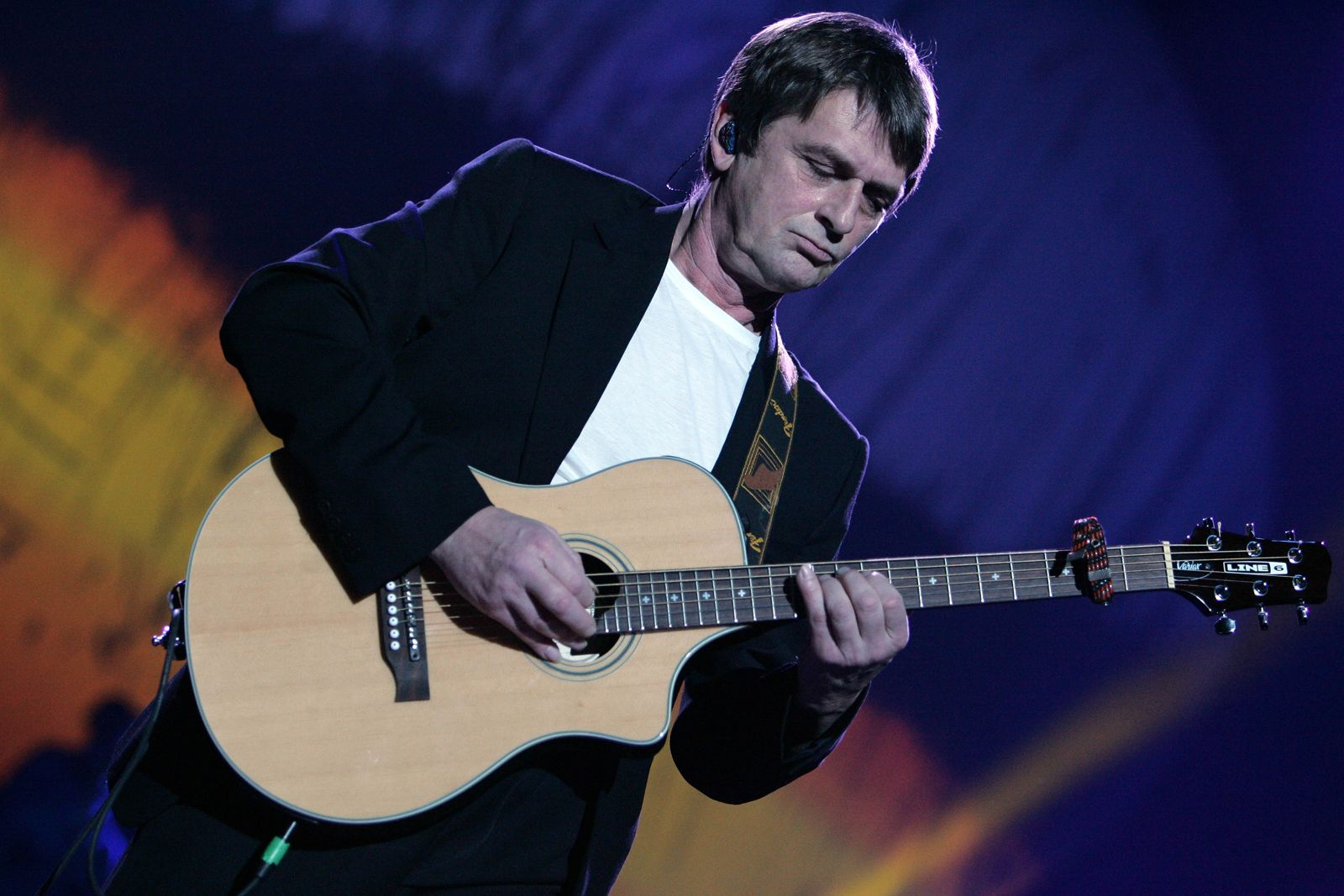 Mike Oldfield morto figlio Douglas