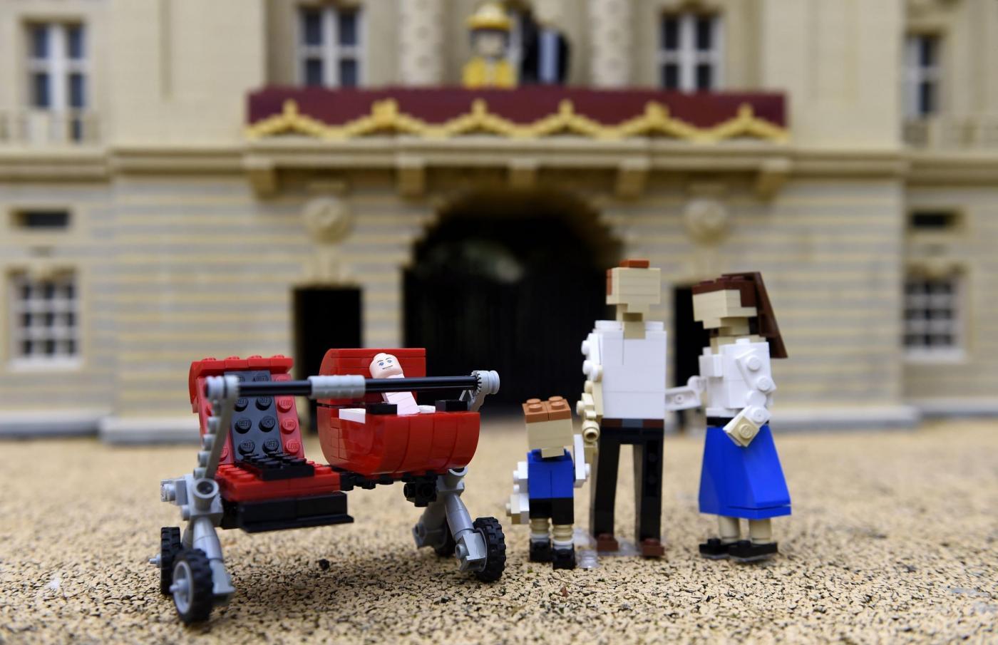 La nuova royal baby Charlotte entra a far parte del Legoland Windsor Resort
