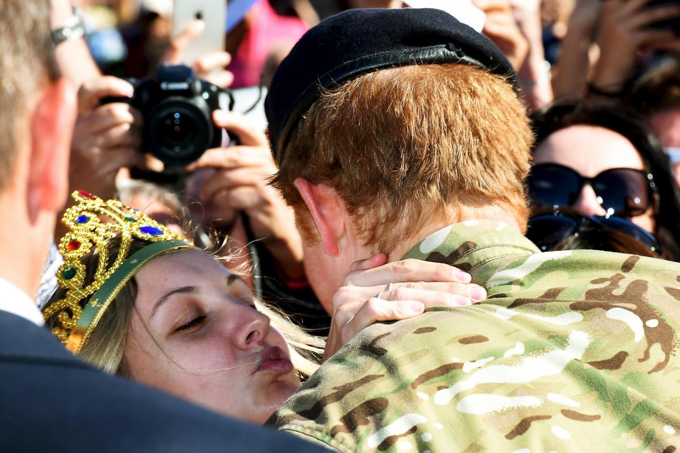 Proposta di matrimonio per il Principe Harry: la risposta alla fan australiana
