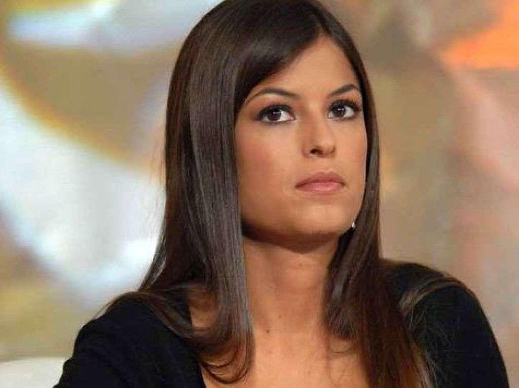 Sara Tommasi molestata dal padre: le accuse dell'ex fidanzato Stefano Ierardi