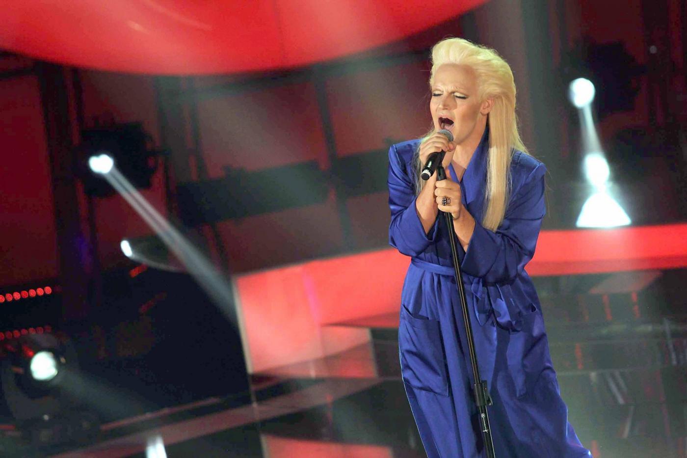 Anna Oxa contro Valerio Scanu per un'imitazione a Tale e Quale Show