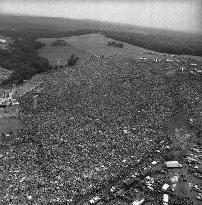 Folla al Woodstock Music Festival