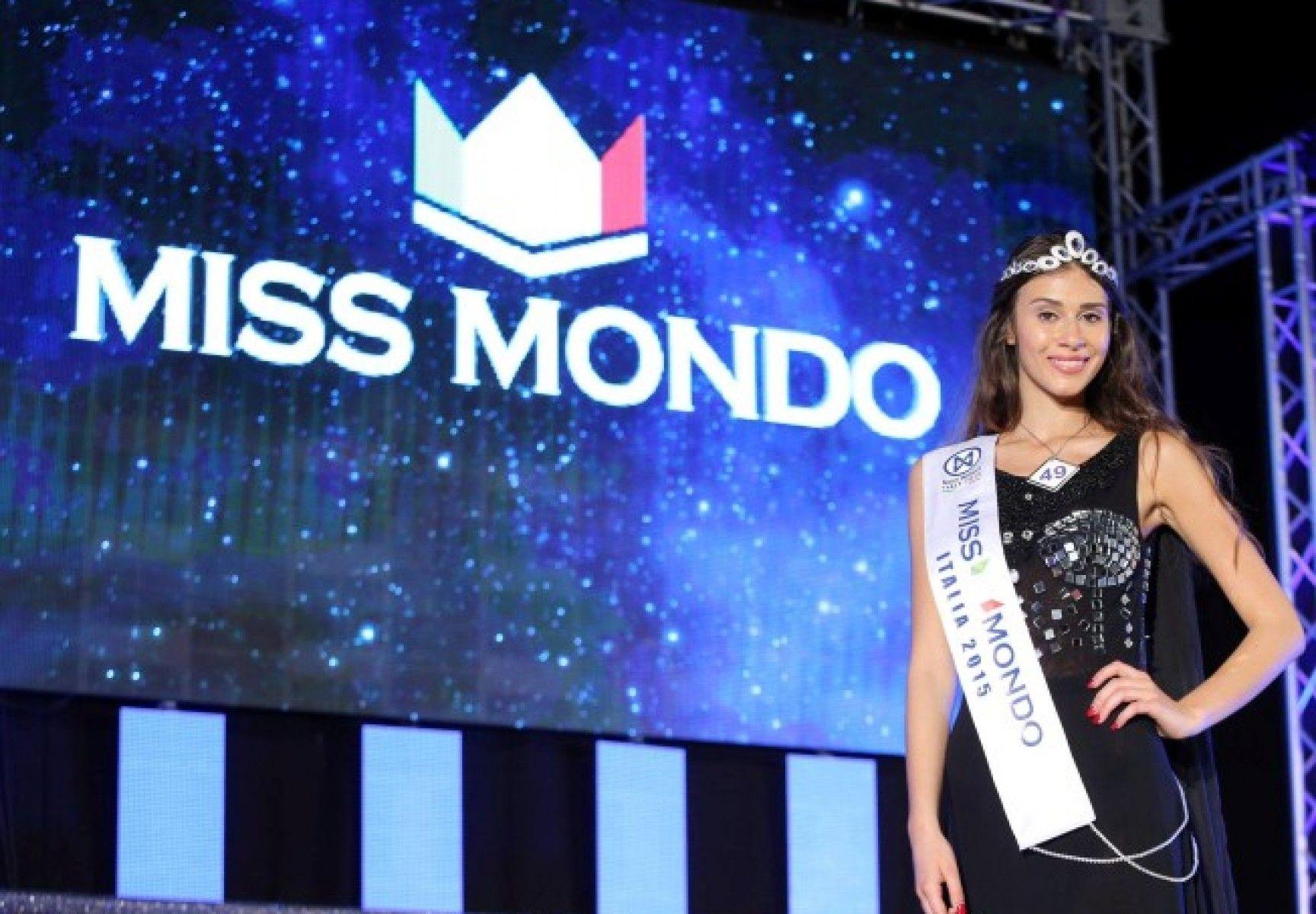 Greta Galassi, 17 anni, è Miss Mondo Italia 2015 e volerà in Cina
