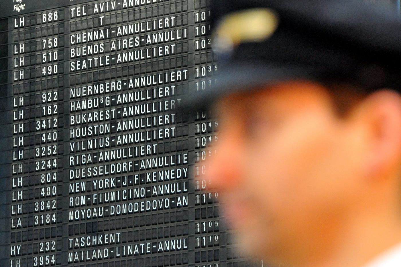 Sciopero aerei lunedì 15 giugno, esclusi i Comuni al ballottaggio