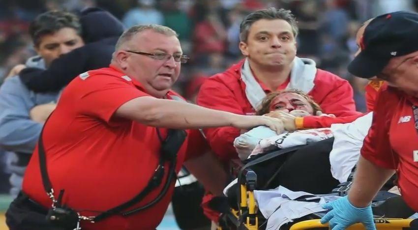 Boston, la mazza da baseball si spezza: colpita una tifosa ricoverata in gravi condizioni