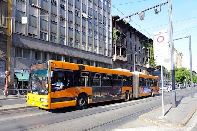 amore autobus incontri spettacolo