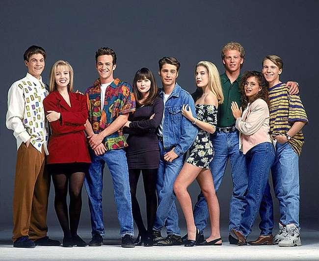 Beverly Hills 90210, i retroscena della serie in un film tv di Lifetime