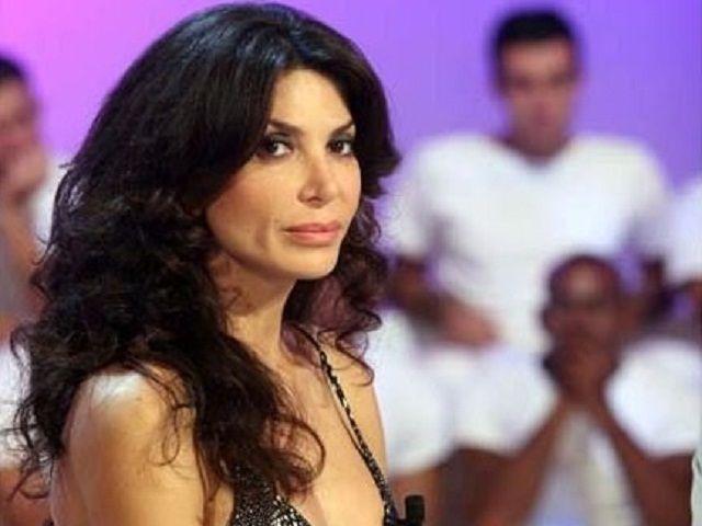 Carmen Di Pietro rinuncia alla pensione per Giuseppe Iannoni: 'Ora campo di fitti'