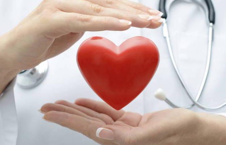Cuore a rischio per le donne a causa di traumi e problemi finanziari