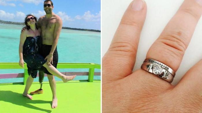 Proposta di matrimonio con anello molto speciale
