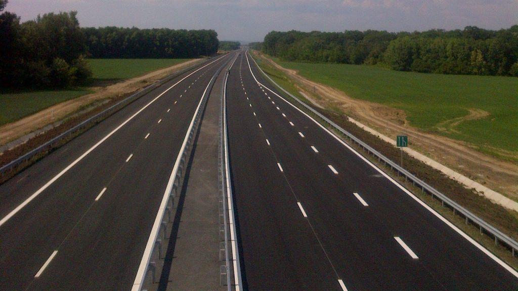 multa corsia centrale autostrada 1024x576