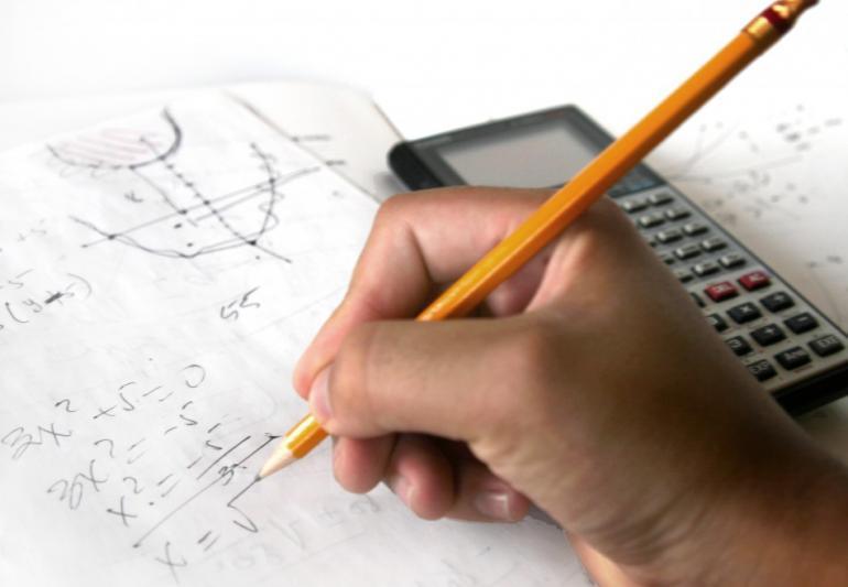 Maturità 2015, seconda prova: al Liceo Scientifico compito di matematica
