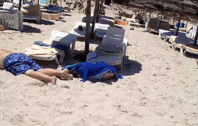 Attentato in Tunisia, colpiti due resort: 39 morti, ucciso il killer