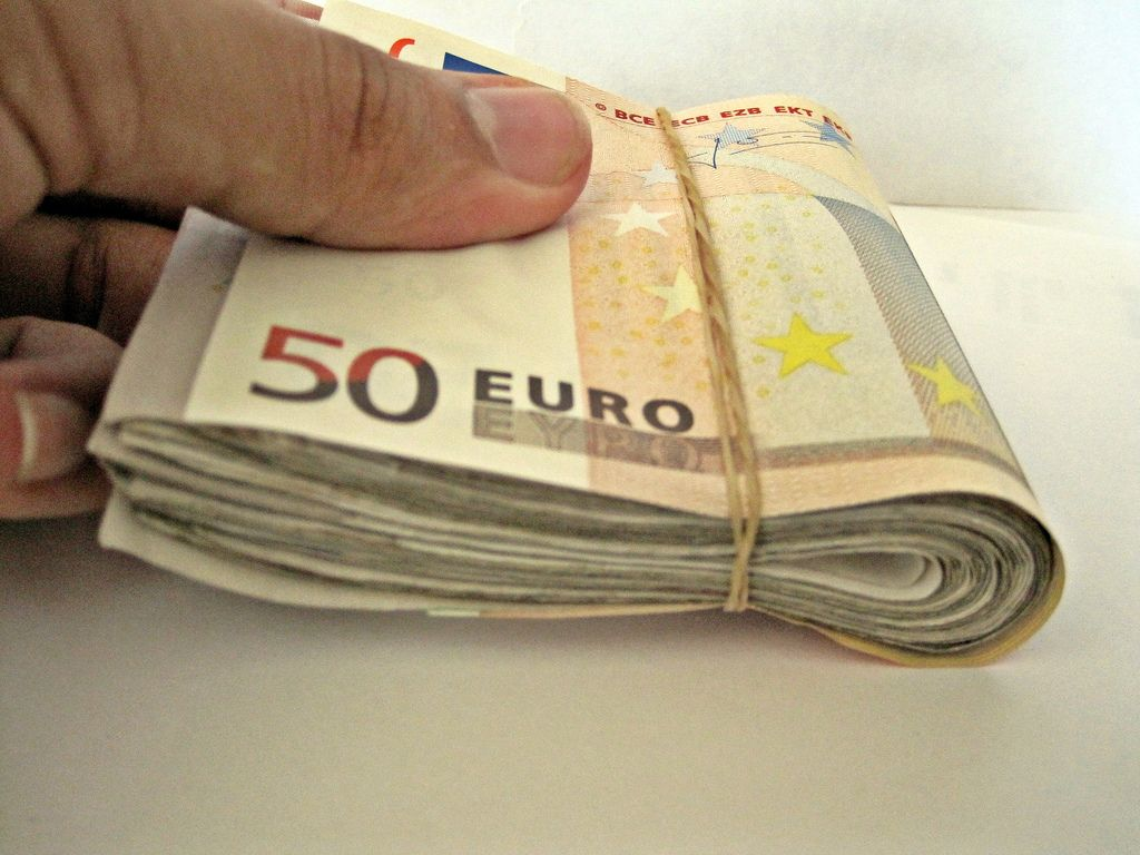 Bologna: tre rapinatori effettuano un colpo da 100mila euro in banca senza armi