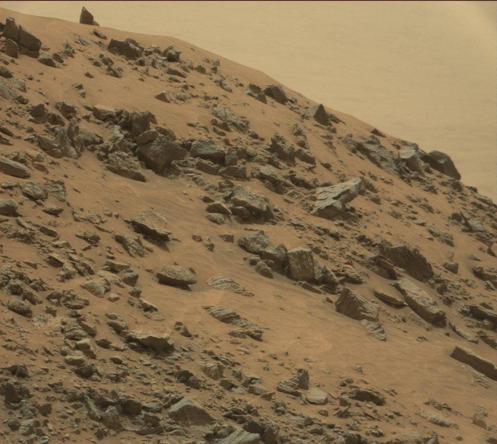 Una piramide su Marte? I dubbi sulla foto di Curiosity