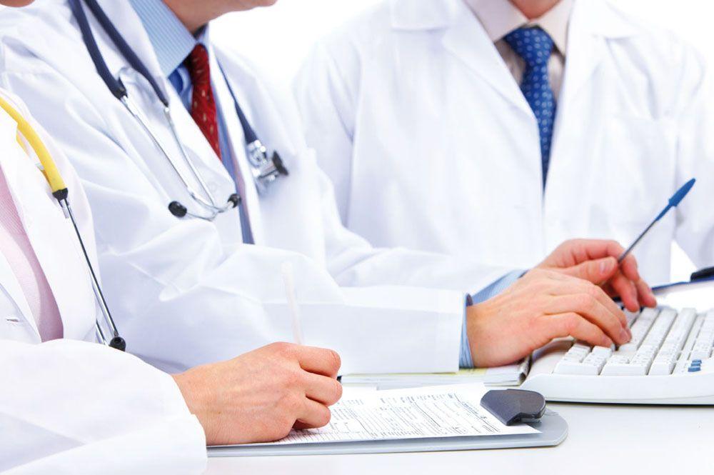 Cosa succederebbe se i tutti medici scrivessero le ricette in stampatello