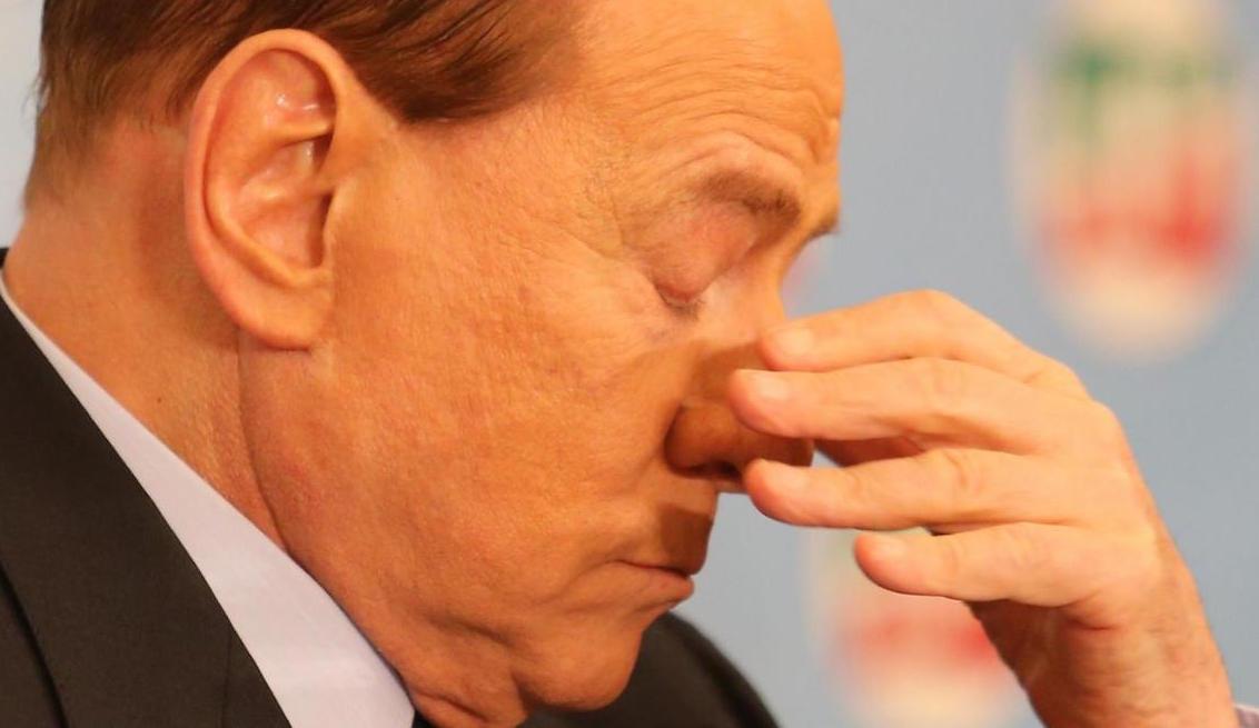 Silvio Berlusconi condannato a 3 anni per corruzione