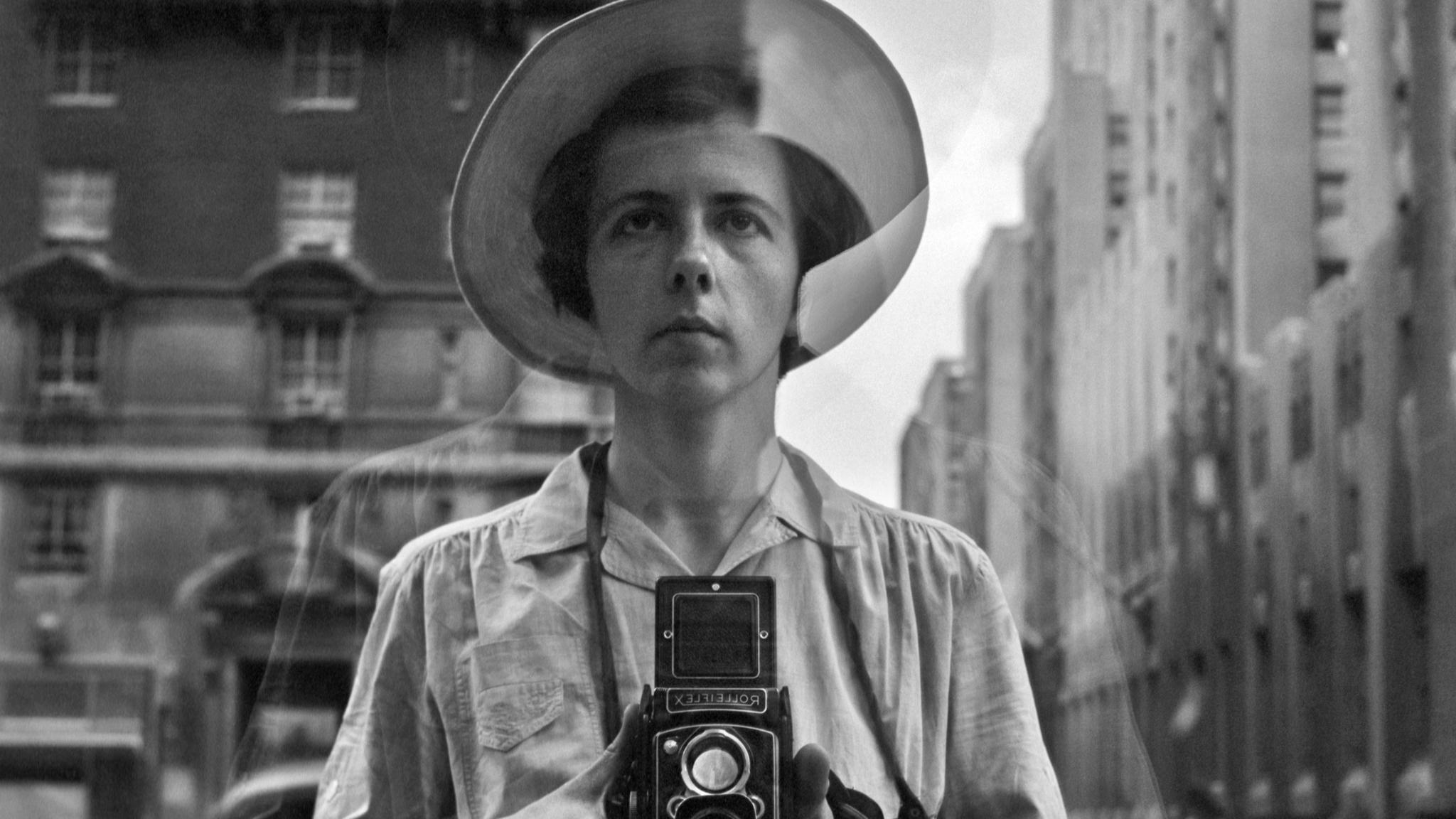 Vivian Maier, la mostra in Italia: a Nuoro gli scatti della 'bambinaia' di New York