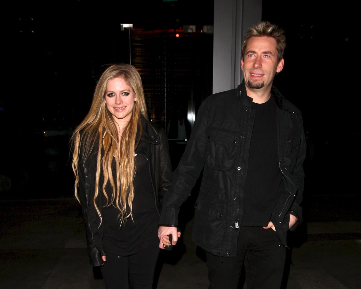 Avril Lavigne e il fidanzato a cena insieme