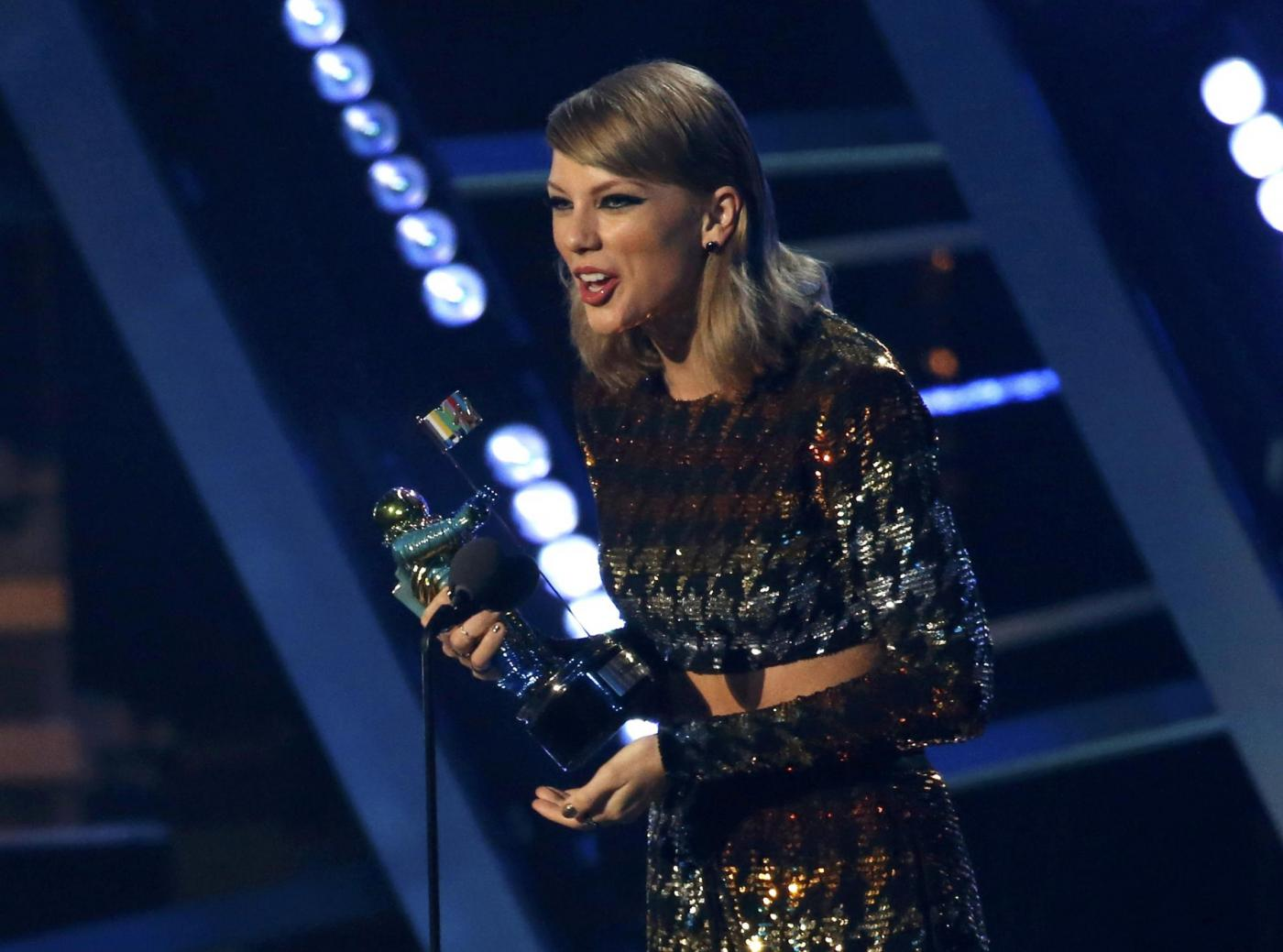 MTV Video Music Awards 2015, vincitori: Taylor Swift trionfa con quattro premi