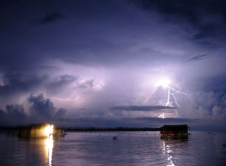La tempesta di fulmini che dura da 400 anni