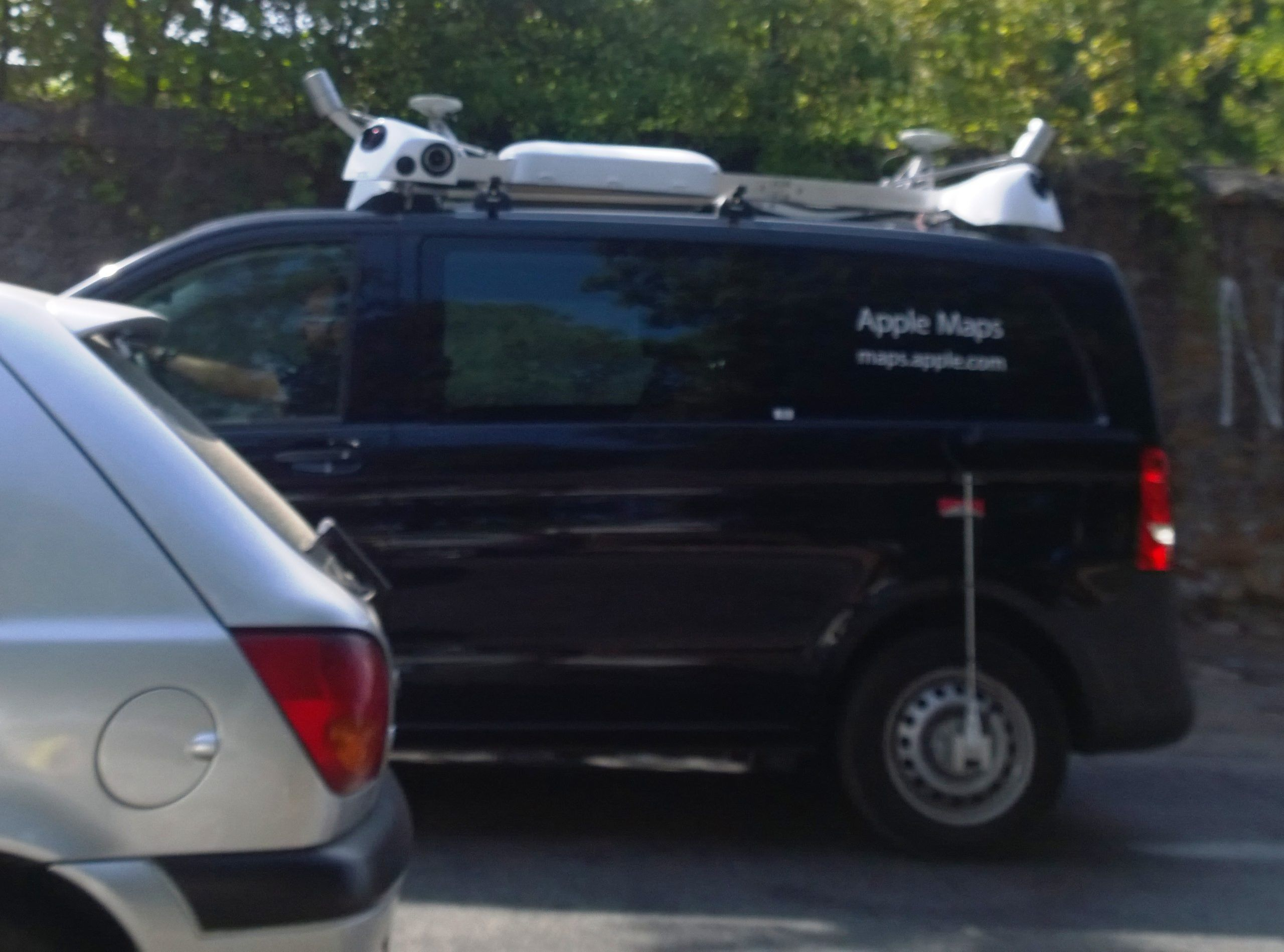 Auto Apple in Italia: fotografano e mappano Roma