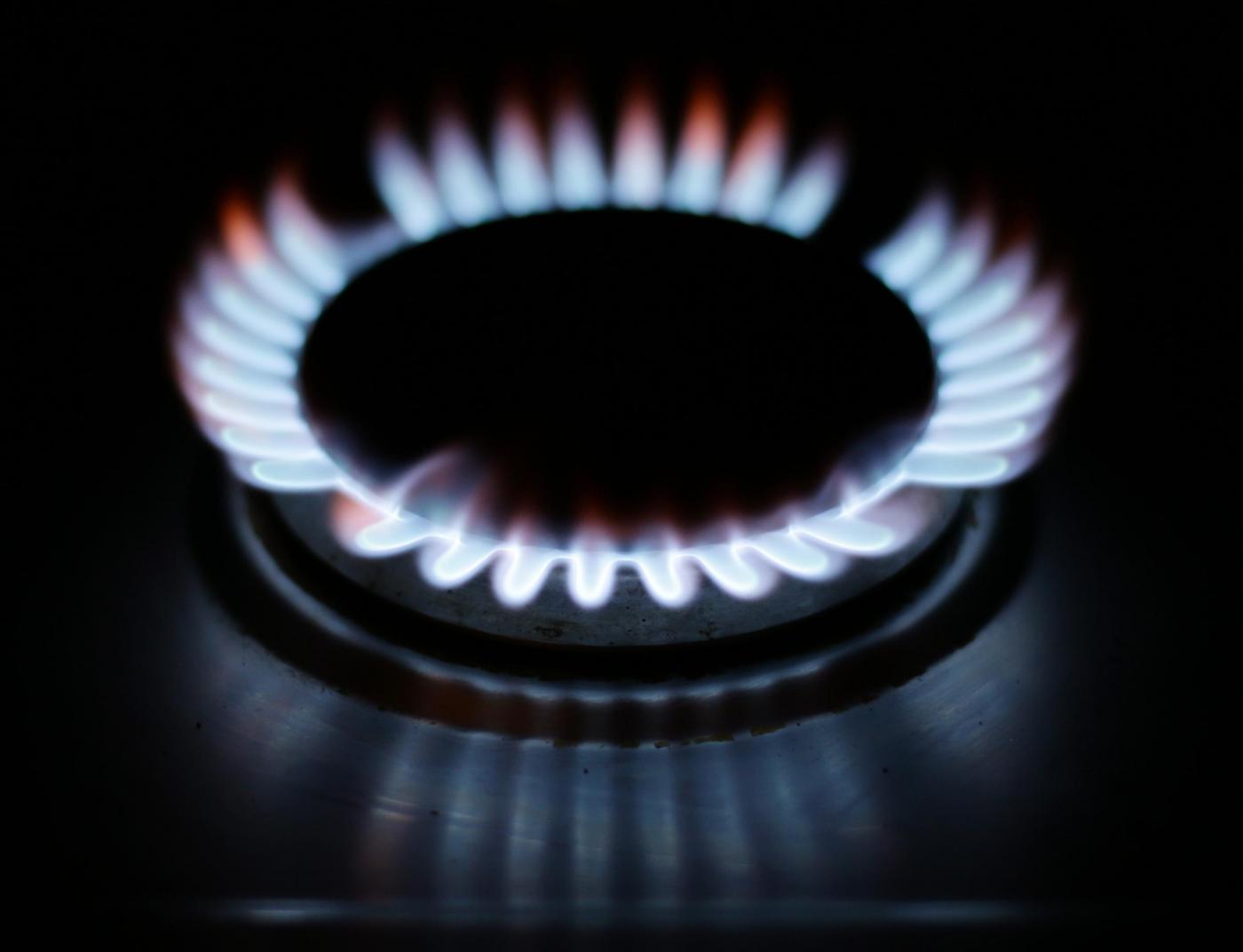 Maggior tutela luce e gas abolita: cosa significa e le conseguenze in bolletta