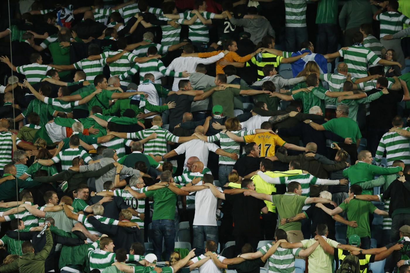 Il Celtic chiede ai propri tifosi di lavarsi prima di recarsi allo stadio