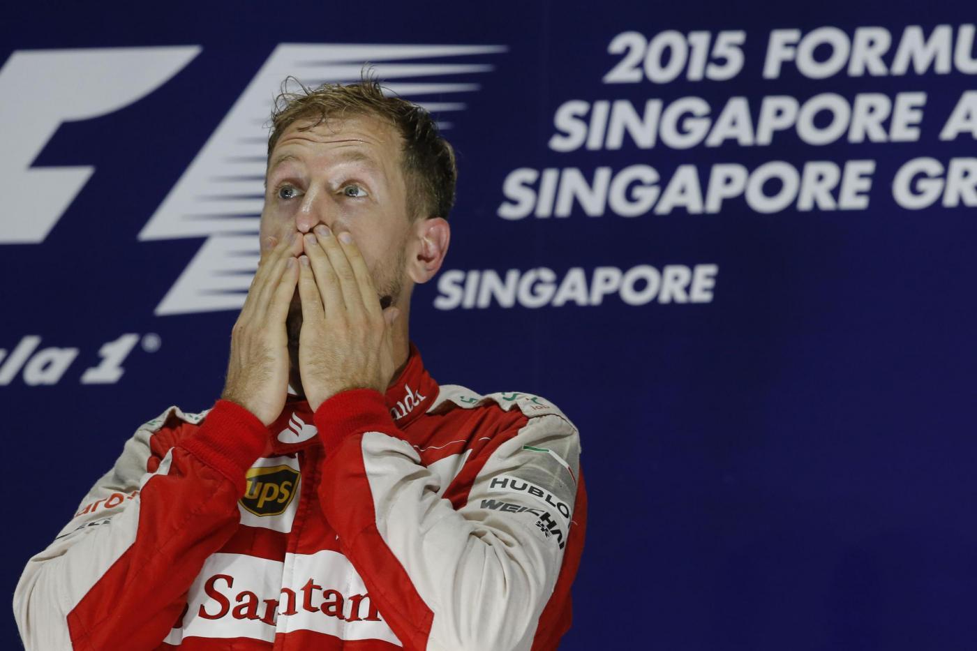 """Sebastian Vettel canta """"Italiano Vero"""" di Toto Cutugno dopo il trionfo di Singapore"""
