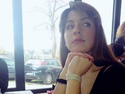Il mistero della morte di Giulia, caduta dal cavalcavia nel giorno del suo compleanno