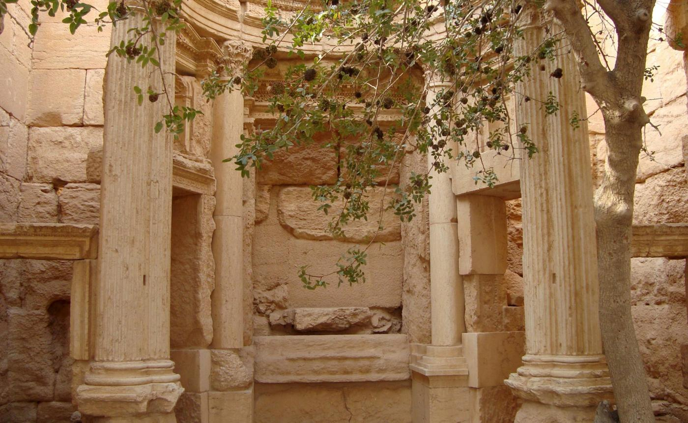 Perché l'Isis distrugge i monumenti e i siti archeologici?
