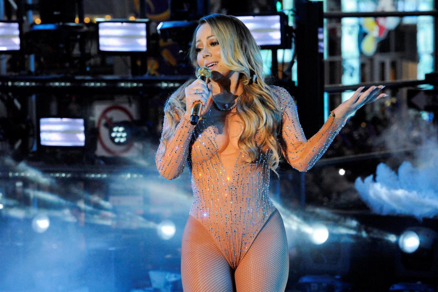Mariah Carey si arrabbia e abbandona il concerto di Capodanno a New York